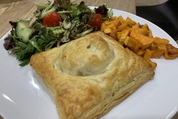Curried Chickpea and Mushroom Pasty