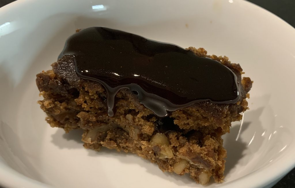Sticky toffee walnut pudding