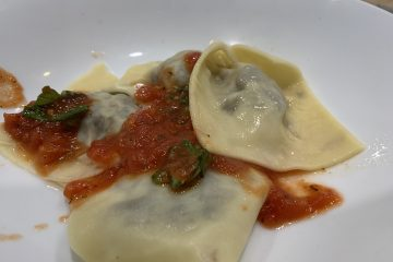 mushroom nut and walnut ravioli